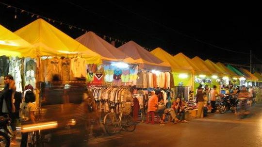 Chợ đêm Hà Tiên. Ảnh: Internet
