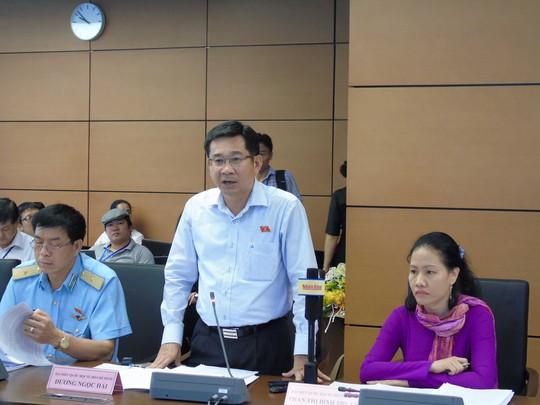 Đại biểu Quốc hội Dương Ngọc Hải, Viện trưởng VKSND TPHCM, nêu ý kiến tại phiên họpẢnh: VĂN DUẨN