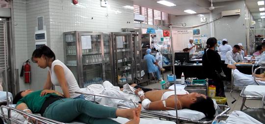 Điều dưỡng Phan Thị Kim Nga bị chấn thương đầu, thắc lưng