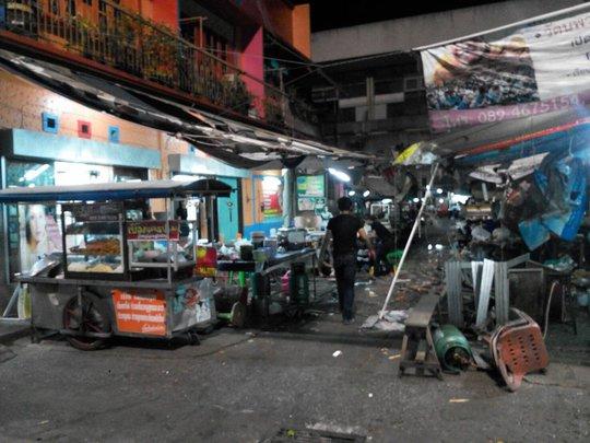 Một vài hình ảnh tại hiện trường vụ đánh bom ở tỉnh Pattani. Ảnh: Twitter
