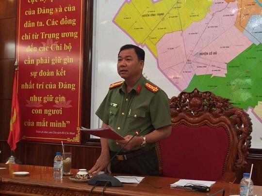 Đại tá Trần Ngọc Hạnh thông tin vụ việc. Ảnh: C.Linh