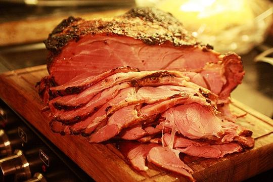 Hạn chế ăn thịt xông khói để sẵn