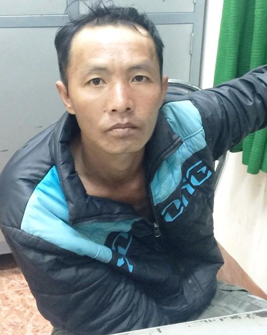 Đối tượng Đặng Văn Ngọc bị Công an phường Lộc Sơn, TP Bảo Lộc bắt giữ.