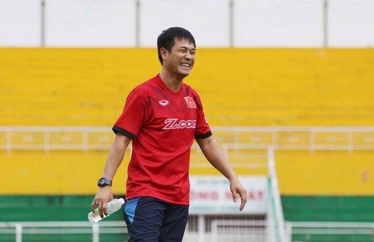 HLV Hữu Thắng đảm bảo chỗ đứng cho các cầu thủ HAGL đang thi đấu ở nước ngoài