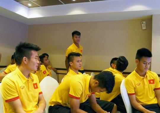 U19 Việt Nam họp chuyên môn trước trận tứ kết