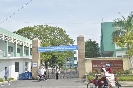Sinh viên V. hiện đang được điều trị tại Bệnh viện Đa khoa Quảng Nam trong tình trạng hôn mê