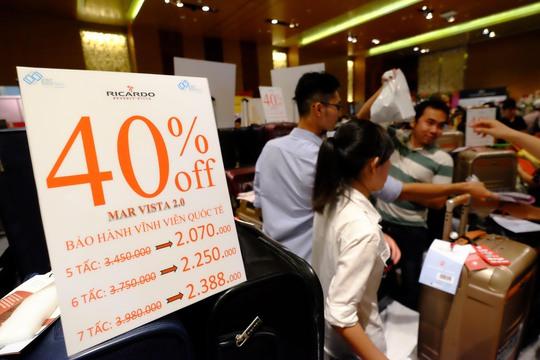 Nhiều khách hàng chọn mua vali cho việc đi du lịch vào kỳ nghỉ Tết sắp tới