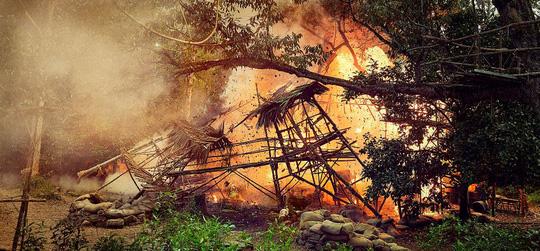 Cảnh cháy nổ nhiều trong phim