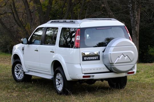Everest là mẫu SUV sử dụng động cơ Diesel khá thành công của hãng Ford