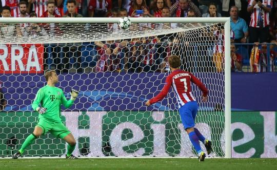 Griezmann còn bỏ lỡ một quả phạt đền cho Atletico Madrid