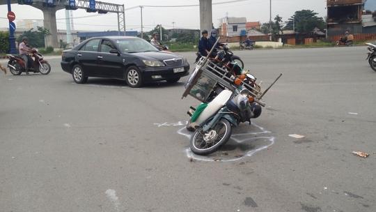 Chiếc xe máy bị hư hỏng sau vụ va chạm