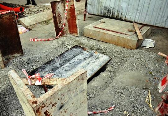 Sau khi xảy ra vụ tai nạn, hố ga mới được đơn vị thi công che lại và tiến hành rào chắnẢnh: GIA MINH