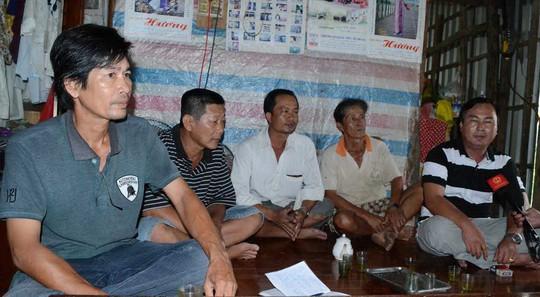 Hiện còn nhiều hộ dân ở xã Vĩnh Thuận vẫn chưa nhận được tiền hỗ trợ hạn, mặn vì những sai phạm của ông Khanh