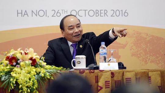 Thủ tướng chủ trì cuộc họp báo quốc tế