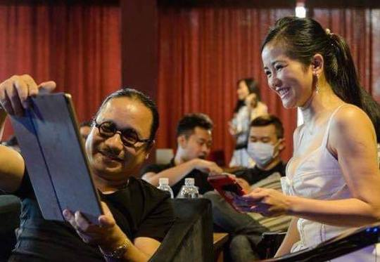 Ca sĩ Hồng Nhung tích cực chuẩn bị cho Duyên dáng Việt Nam 28
