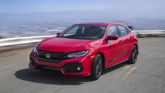 Mặc dù biểu thuế mới chỉ giúp các loại ôtô nhập khẩu từ ASEAN, cụ thể là Thái Lan và Indonesia, được hưởng giảm giá song số lượng mẫu xe cũng rất đáng kể.