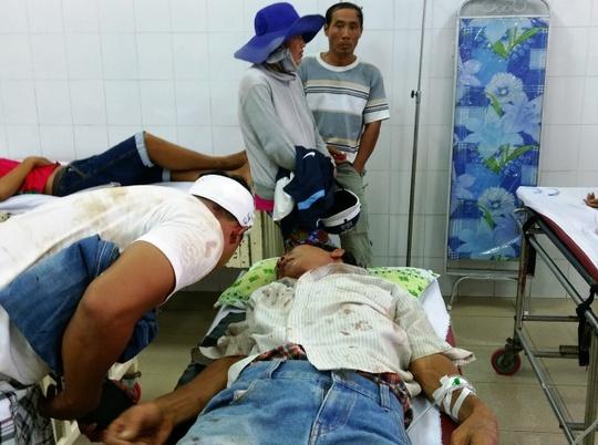 Các nạn nhân đang được điều trị tại bệnh viện