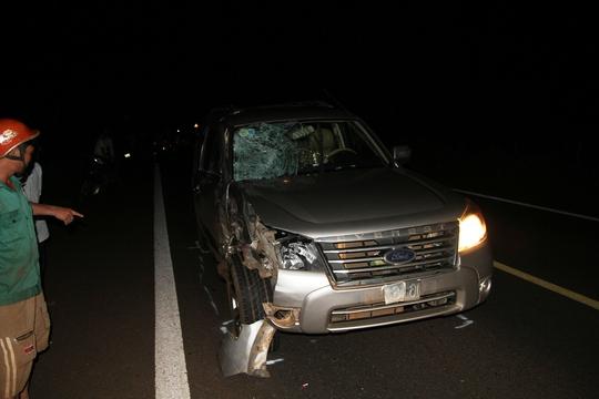 Chiếc xe ô tô bị hư hỏng phần đầu