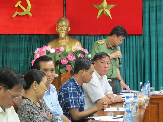 Đại diện các đơn vị, phòng ban trình bày các lĩnh vực phụ trách