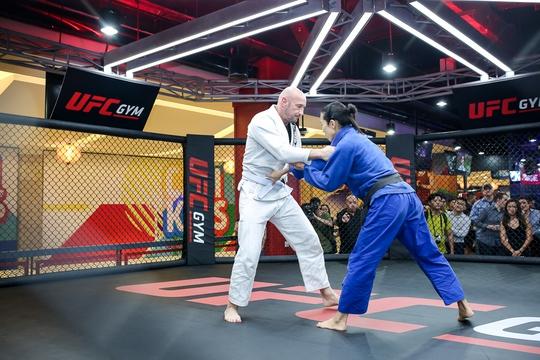 UFC Gym® đi vào hoạt động tại tầng 3 khu phức hợp Pearl Center, số 12 đường Quốc Hương, Quận 2