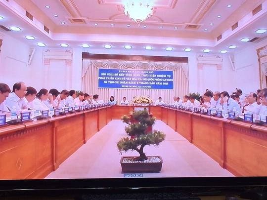Toàn cảnh buổi họp UBND TP HCM ngày 29-9