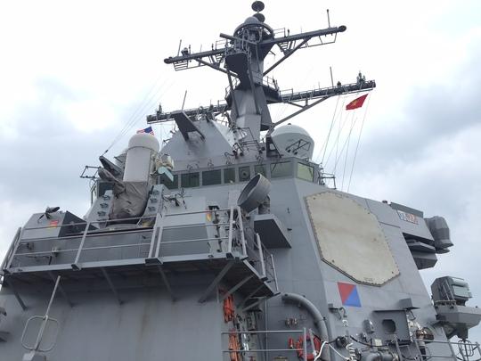 USS John S. McCain là tàu khu trục mang tên lửa dẫn đường được cho là uy lực nhất trong đội tàu khu trục trên thế giới