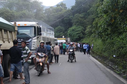 Giao thông quốc lộ 20 tê liệt nhiều giờ.