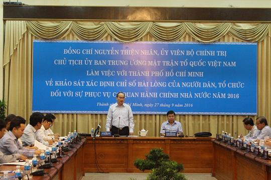 Ông Nguyễn Thiện Nhân, Chủ tịch Ủy ban Trung ương Mặt trận tổ quốc Việt Nam phát biểu tại buổi làm việc với UBND TP HCM. Ảnh Bảo Nghi