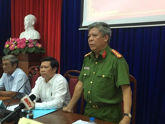 Đại tá Nguyễn Văn Thời, Phó Giám đốc công an tỉnh BR-VT thông tin họp báo