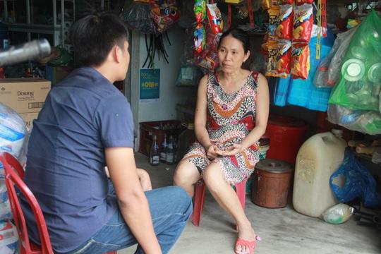 Chị H. kể lại sự việc với phóng viên