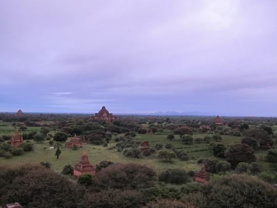Buổi sáng trong lành ở Bagan