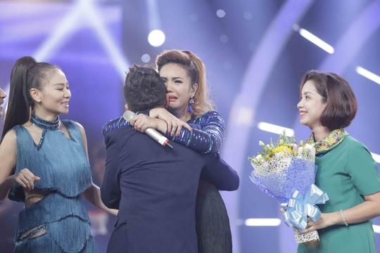 Giây phút chiến thắng ngập tràn hạnh phúc của Janice Phương