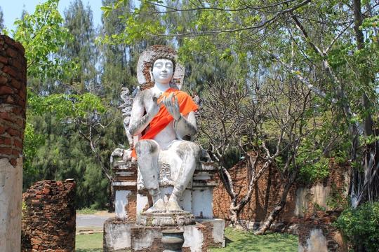 Đức Phật thời Dvaravati
