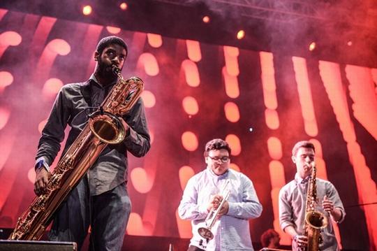 Ban nhạc Last Train khiến khán giả Việt phát cuồng