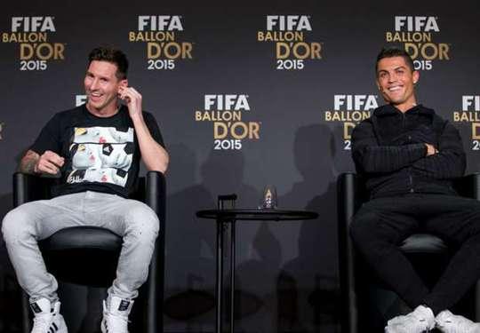 Sau 6 năm tổ chức, Quả bóng vàng FIFA chỉ là cuộc đua của Messi và Ronaldo