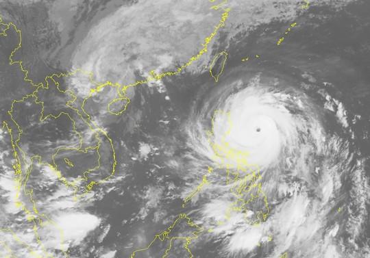 Ảnh mây vệ tinh siêu bão Haima với mắt bão rất rõ-Nguồn: Trung tâm Dự báo khí tượng Thuỷ văn trung ương