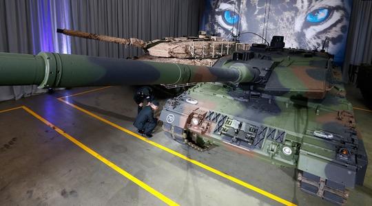 Đức chuẩn bị đưa xe tăng Leopard 2 hiện đại nhất và hơn 600 lính bộ binh đến LithuaniaẢnh: REUTERS