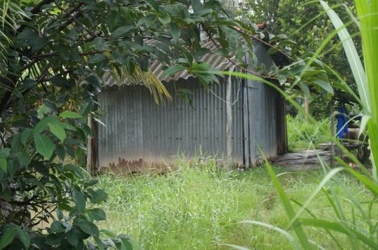 Căn nhà nhỏ, nơi ông Minh phát hiện em trai nằm chết với vết thương đầy mặt