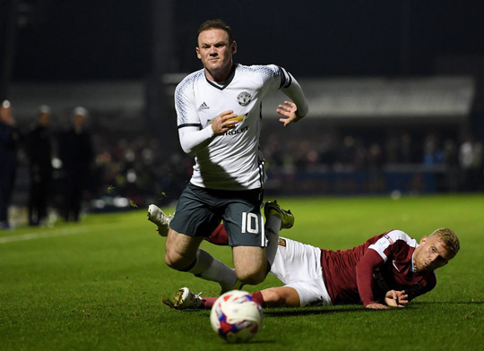 Rooney đang dần mất điểm trong mắt CĐV M.U