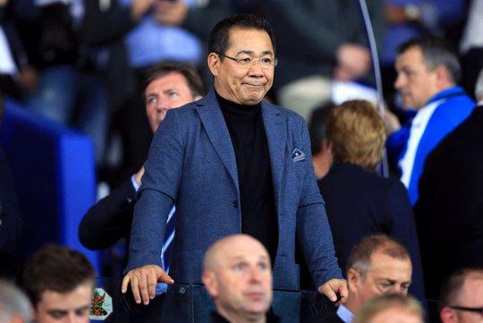 Tỉ phú Thái Lan Vichai Srivaddhanaprabha, người có công đưa Leicester vô địch Premier League