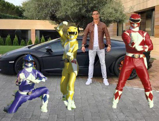 Ronaldo là 1 thành viên của The Power Rangers