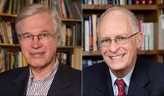 Hai nhà kinh tế Oliver Hart (phải) và Bengt Holmstrom. Ảnh: NDTV