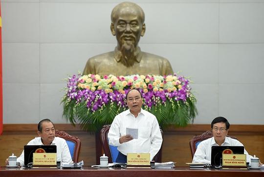 Sáng 3-10, dưới sự chủ trì của Thủ tướng Nguyễn Xuân Phúc, Chính phủ họp phiên thường kỳ tháng 9-2016 - Ảnh: VGP/Quang Hiếu
