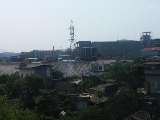 Bên trong nhà máy Núi Pháo