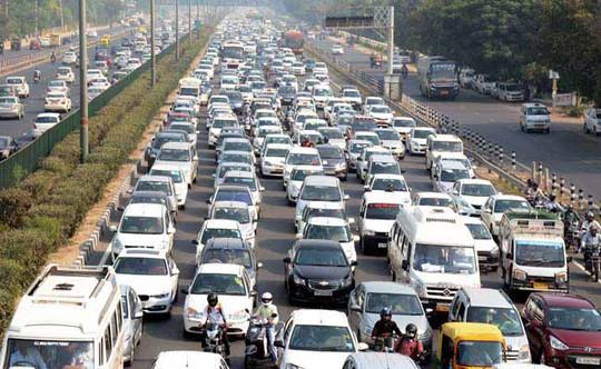 Xe chạy bằng động cơ diesel sẽ bị cấm tại 4 thành phố lớn vào năm 2025 Ảnh: NDTV