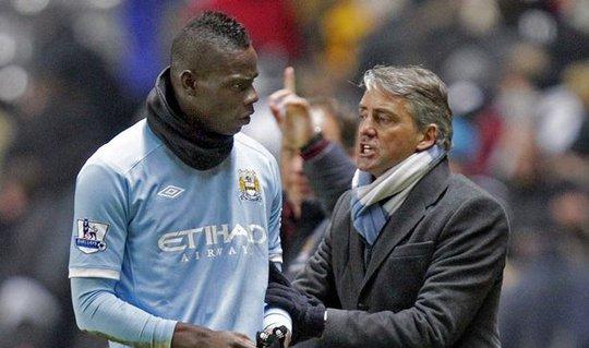 Balotelli và Mancini đụng độ nhiều lần tại Man City