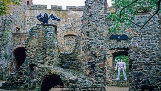 Lâu đài Frankenstein khá vắng lặng dù mở cửa tham quan miễn phí. Ảnh: Alamy Stock Photo
