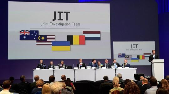 JIT thông báo kết quả điều tra vụ Mh17 bị bắn rơi ngày 28-9. Ảnh: RT