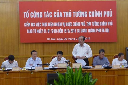 Bộ trưởng, Chủ nhiệm Văn phòng Chính phủ Mai Tiến Dũng cho biết Thủ tướng Nguyễn Xuân Phúc lưu ý TP Hà Nội vấn đề cắt cỏ - Ảnh: Thế Dũng