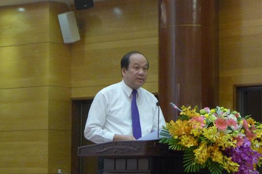 Bộ trưởng, Chủ nhiệm Văn phòng Chính phủ Mai Tiến Dũng cho biết Phó Thủ tướng Thường trực Trương Hoà Bình đã có chỉ đạo Bộ Công an vào cuộc vụ cá chết số lượng lớn bất thường ở Hồ Tây - Ảnh: Bảo Trân